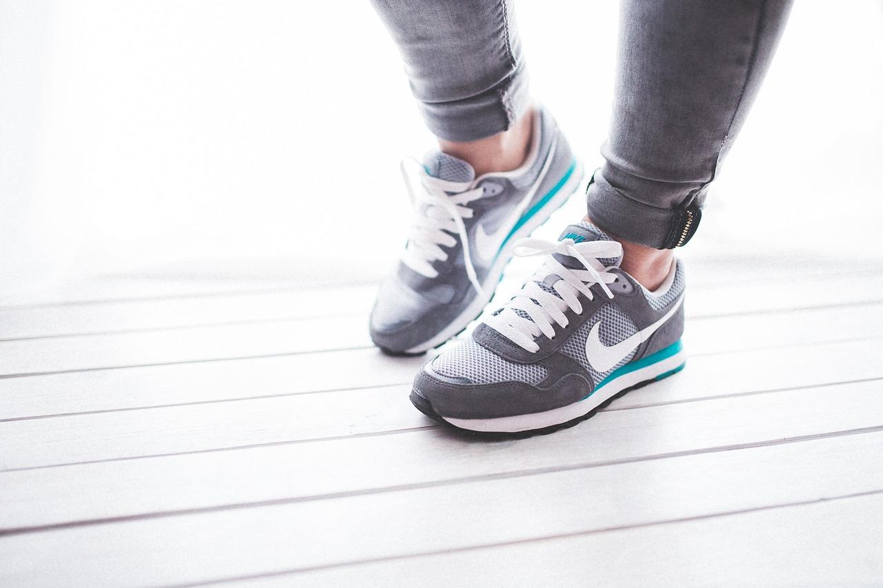 shoes-791044_1280