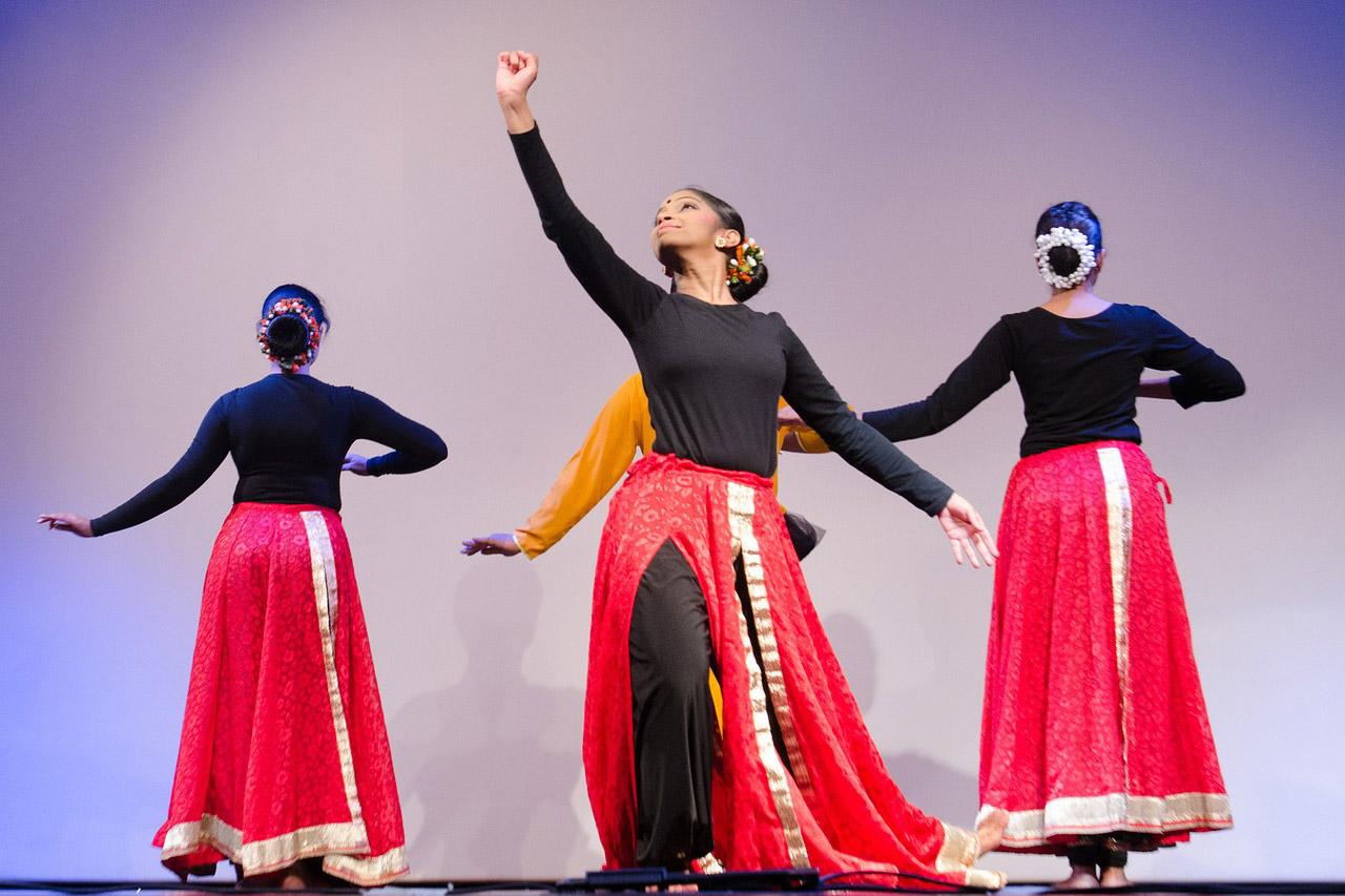 traditional-dance-1